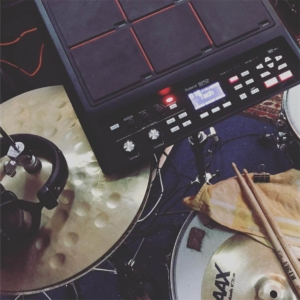 elektronisches Schlagzeug - hybrid Drums