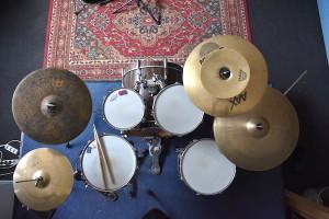 Schlagzeugaufbau